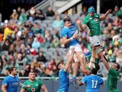 Una fase del test match perso dall'Italia contro l'Irlanda. Fama