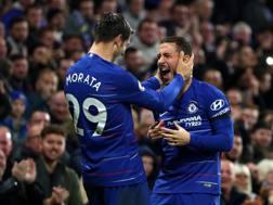 Alvaro Morata e Eden Hazard festeggiano un gol del Chelsea. Getty