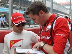 Rob Smedley ai tempi della Ferrari con Felipe Massa. Lapresse