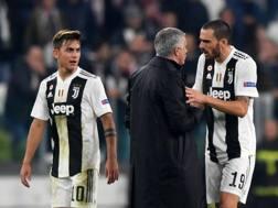 Mourinho e Bonucci a confronto dopo il 90'. Afp