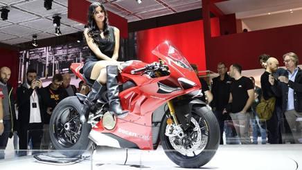 La Ducati Panigale V4 R è una delle regine dell'EICMA 2018. Ansa