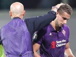 Stefano Pioli, allenatore della Fiorentina, incoraggia l'attaccante Pjaca. Getty