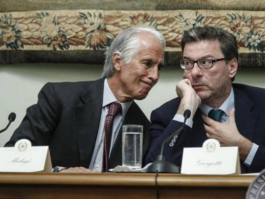 Giovanni Malagò, presidente Coni, con Giancarlo Giorgetti, sottosegretario alla Presidenza del Consiglio ANSA