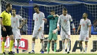 I giocatori della Spagna, sconfitti dalla Croazia. Ap