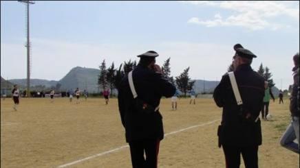 Carabinieri in campo