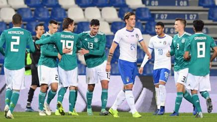 Nicolò Zaniolo si rammarica dopo il gol del pareggio di Luca Waldschmidt. LaPresse