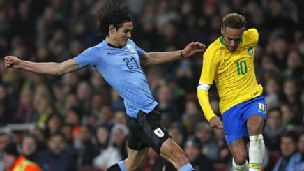 Cavani e Neymar nell'amichevole tra Uruguay e Brasile, AFP