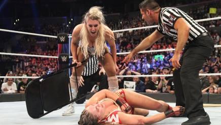 Charlotte massacra Ronda