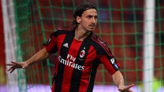 Zlatan Ibrahimovic con la maglia del Milan. Lapresse