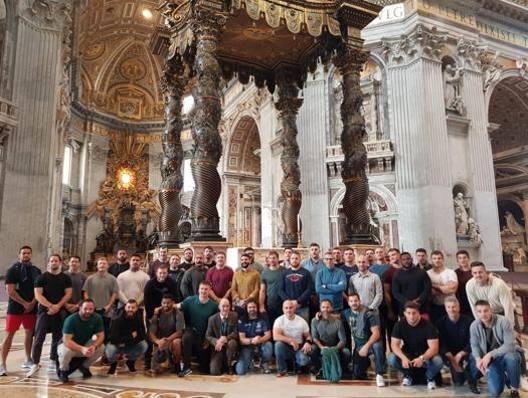 Gli All Blacks in visita a San Pietro