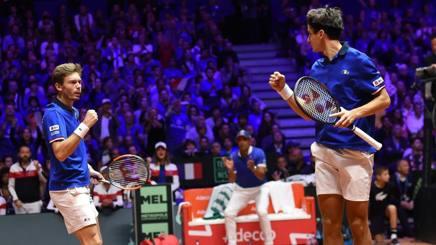 L'esultanza del doppio francese che vince in 4 set la sfida sulla Croazia. Afp