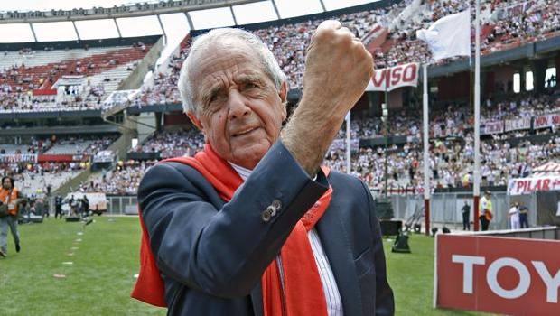 Rodolfo D'Onofrio, presidente del River Plate, al Monumental prima della finale con il Boca, poi rimandata. Afp