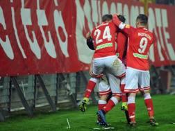 L' esultanza dei giocatori del Perugia dopo il gol dell'1-0, LaPresse