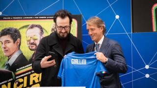 Gassmann, Giallini, Leo e...: quanti attori a Coverciano!