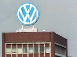 Un'insegna della Volkswagen