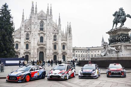 Le quattro protagoniste del Mondiale Rally in piazza Duomo a Milano