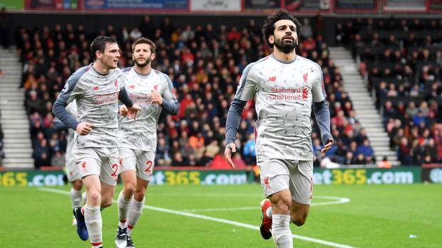 Mohamed Salah festeggia la tripletta. Getty