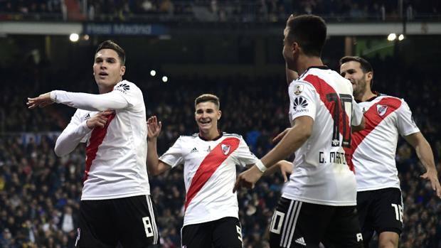 Juan Fernando Quintero esulta al gol del 2-1 che porta il River nuovamente in vantaggio nei tempi supplementari. Foto: AFP.