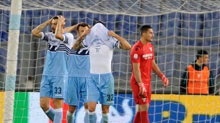 I giocatori della Lazio si disperano