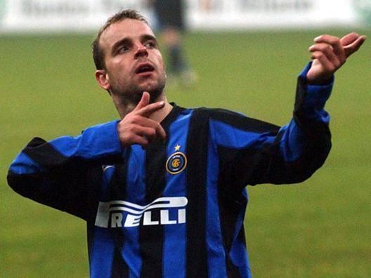 "Van der Meyde tifa Inter ""Oggi batte il Psv e passa"""