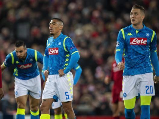 Napoli fuori tra i rimpianti Il Liverpool ringrazia Salah