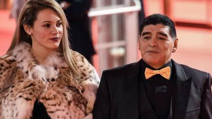Rocio Oliva e Diego Armando Maradona. Afp