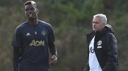 Paul Pogba e José Mourinho. Afp