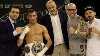 Luca Cecchetti con l'avvocato Michele Briamonte, Pio Sgarro di Sap Fighting Style e i maestri Angelo Valente e Francis Rizzo
