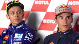 Valentino Rossi e Mac Marquez. Afp