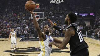 Kevin Durant, 30 anni, terza stagione ai Warriors. Ap