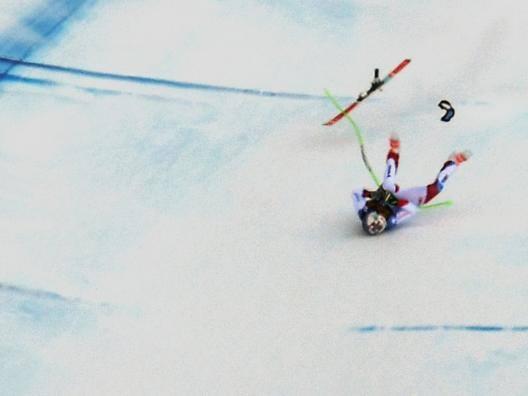 La caduta di Marc Gisin, 30enne svizzero. Afp