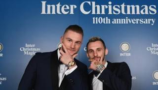 Epic Brozo, wags e dirigenti: la festa di Natale dell'Inter