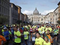 Un'immagine della Roma Half Marathon Via Pacis 2017. Lapresse