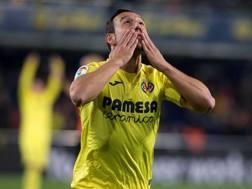 Santi Cazorla, Villarreal, esulta dopo il gol segnato al Real Madrid, EPA