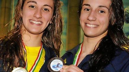 Simona Quadarella, 20, e a destra Erica, 25