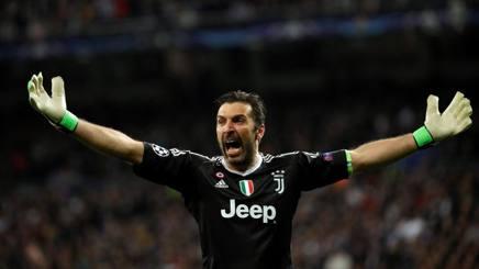 Gianluigi Buffon, portiere del Paris Saint-Germain, qui in maglia Juventus. ANSA