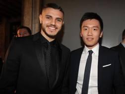 Mauro Icardi, 25 anni, insieme al presidente dell'Inter, Steven Zhang. Getty