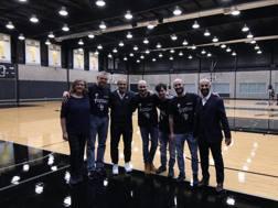 I vincitori al centro d'allenamento Spurs con Ettore Messina