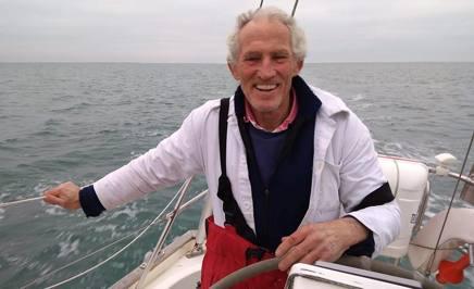 Il velista britannico Robin Davie, 67 anni