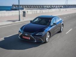 La Lexus ES