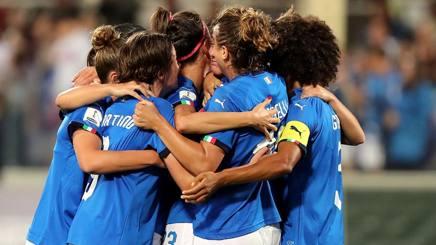 L'esultanza della Nazionale femminile dopo la qualificazione al Mondiale. Getty