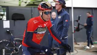 Vincenzo Nibali, 34 anni . Dietro di lui Franco Pellizotti (Bettini)