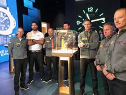 Il team di Bertelli a Ginevra durante la presentazione dell'orologio di Panerai dedicato a Luna Rossa