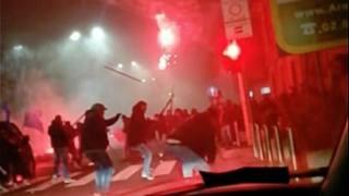 Alcune immagini degli scontri. Ansa