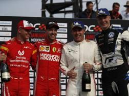 Mick Schumacher e Vettel coi vincitori Kristensen e Kristofferson. Ap