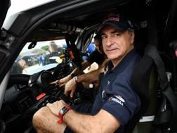 Carlos Sainz, 56 anni al volante della Mini alla recente Dakar:ha vinto due mondiali rally (1990-92) con la Toyota Celica e due Dakar (2010-18) AFP  AFP