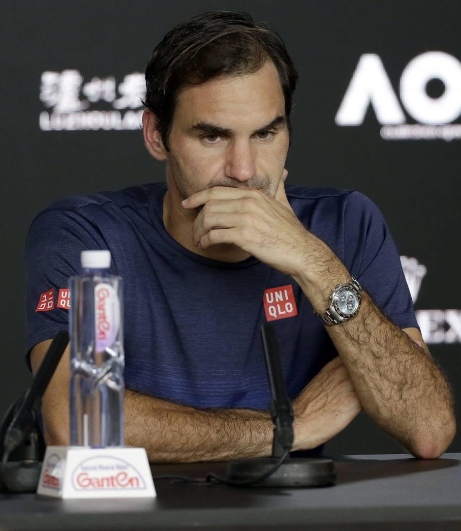 Roger Federer, il dio della racchetta, unico erede di Rod Laver, si è arreso al primo dio greco di questo sport, Stefan Tsitsipas, dopo il seme lasciato da Pete Sampras (di nascita e bandiera Usa) e le tracce amare di Mark Philippoussis (di immigrati in Australia).