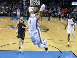 Il volo di Russell Westbrook. Ap