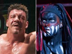 A sinistra Eddie Guerrero, a destra Balor
