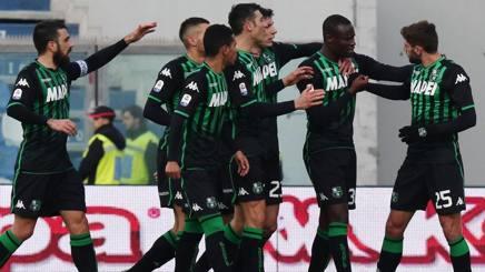 L'esultanza dei giocatori del Sassuolo dopo il gol del 2-0 ANSA